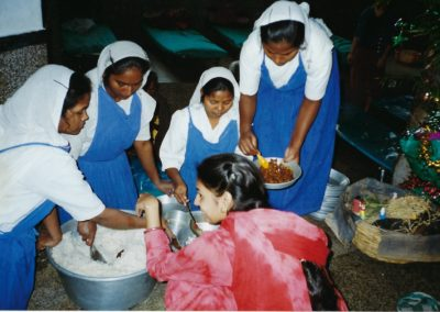 Nuns serving lunch